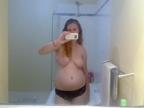 exhibe femme enceinte