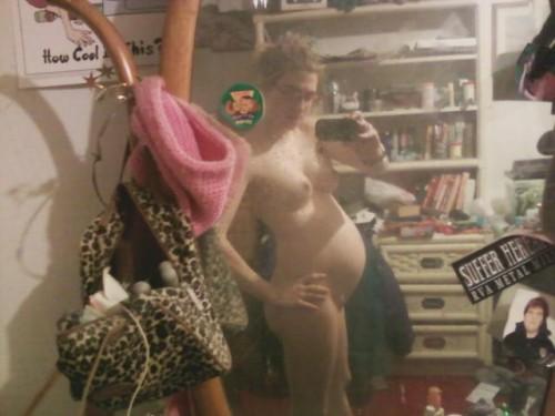 une jeunette enceinte